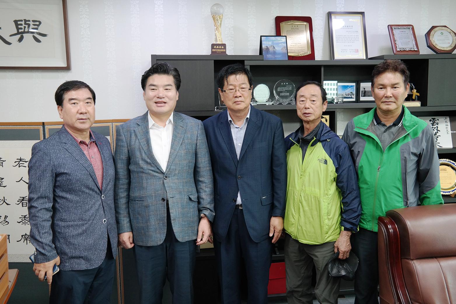 자유한국당 원유철 국회의원(경기 평택시갑, 5선) 면담SAM_4480 (4).JPG